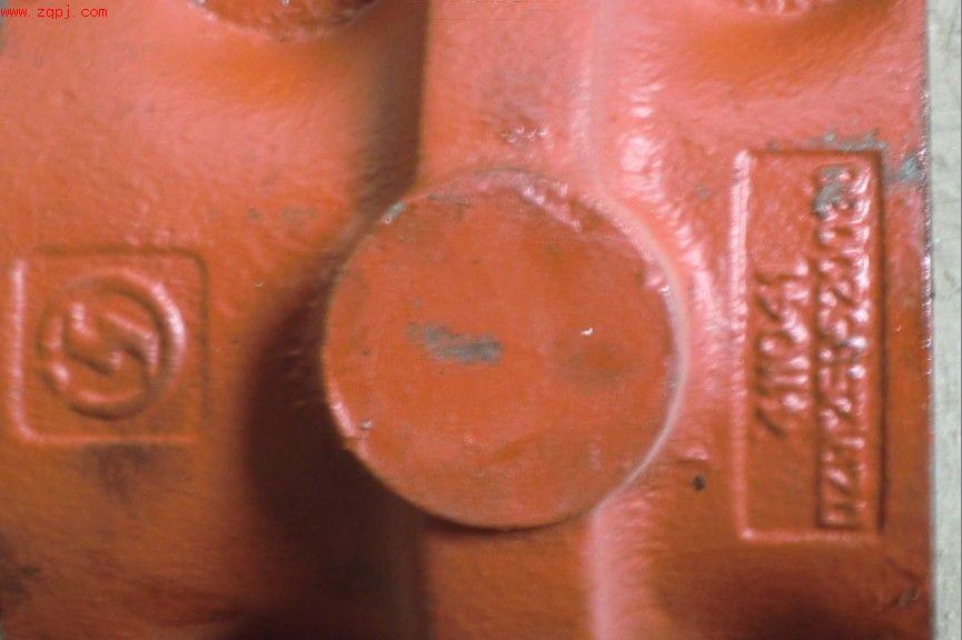 陕汽德龙双卡原厂配套平衡轴壳DZ91259520038