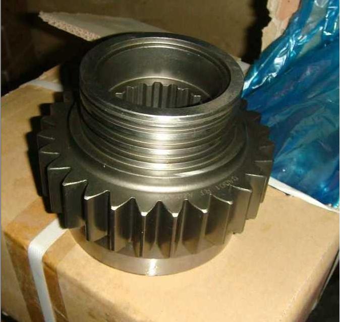副箱驱动齿轮 13710 WG2210100215/WG2210100215