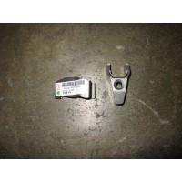 喷油器压板
