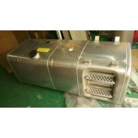 600L铝合金踏板油箱(675X620)右置(橡塑部)