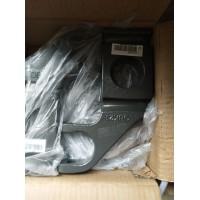 重汽豪沃右前簧压板WG9925520038