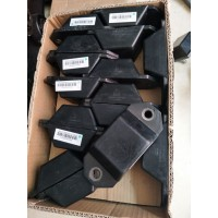 重汽豪沃T5G限位块总成WG9416520030