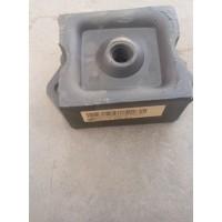 重汽斯太尔豪沃发动机前悬置胶垫AZ9770591001