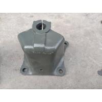 WG9716522110  轻量化 后簧前支架