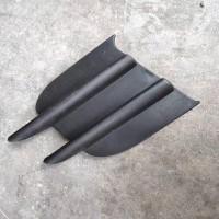 中国重汽豪沃10款雾灯装饰板