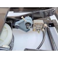 0陕汽重卡配件德龙F3000气囊座椅底座座椅固定支架