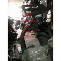 712W41615-0020右上车踏板支架 汕德卡配件