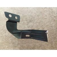 DZ15221112066 右车门下铰链装饰板安装支架