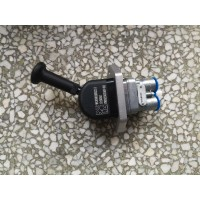 WG9000360522手制动阀