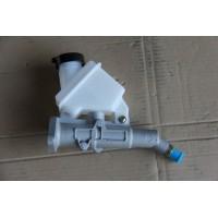 汉马H7离合器总泵带油壶1608M-010