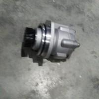 供应中国重汽WG9725478037转向助力泵