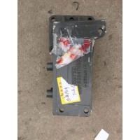 WG9525470301转向器支架