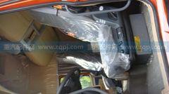 紧急求购 图号为 AZ1662510003 的 空气悬挂左座椅总成(含安全带、扶手)