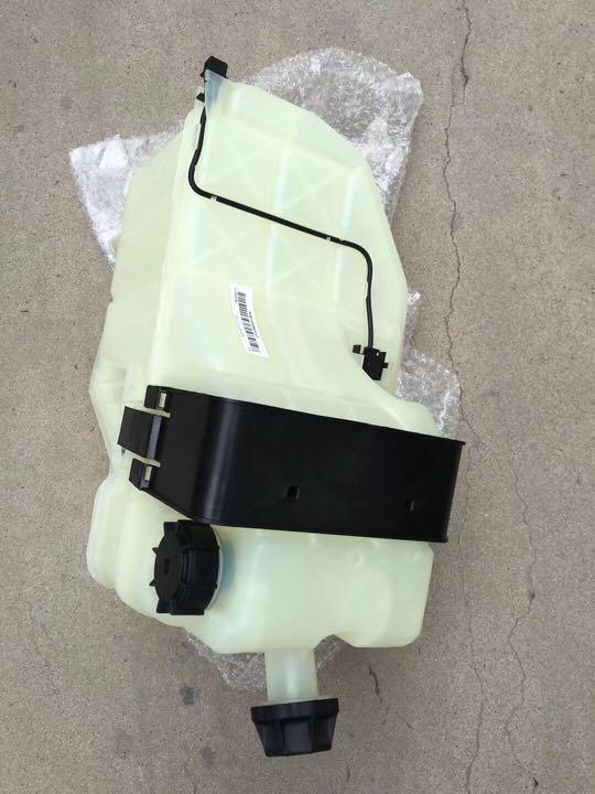 欧曼GTL膨胀水箱H41310004A0