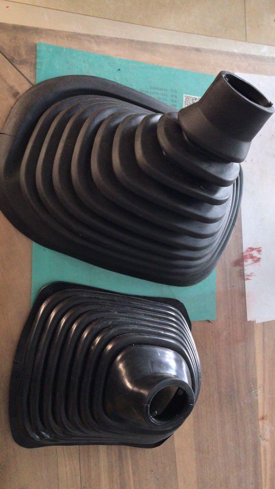 豪翰防尘套WG9525240002
