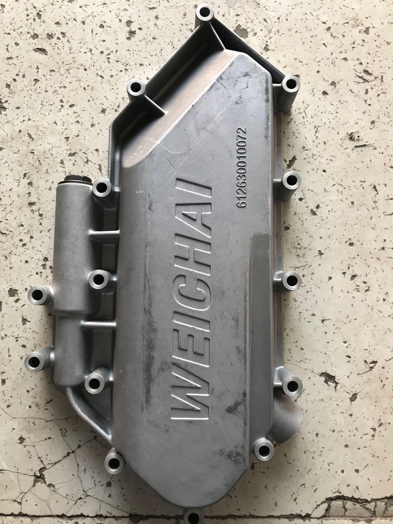 潍柴动力WP12发动机机油冷却器盖总成612630010072