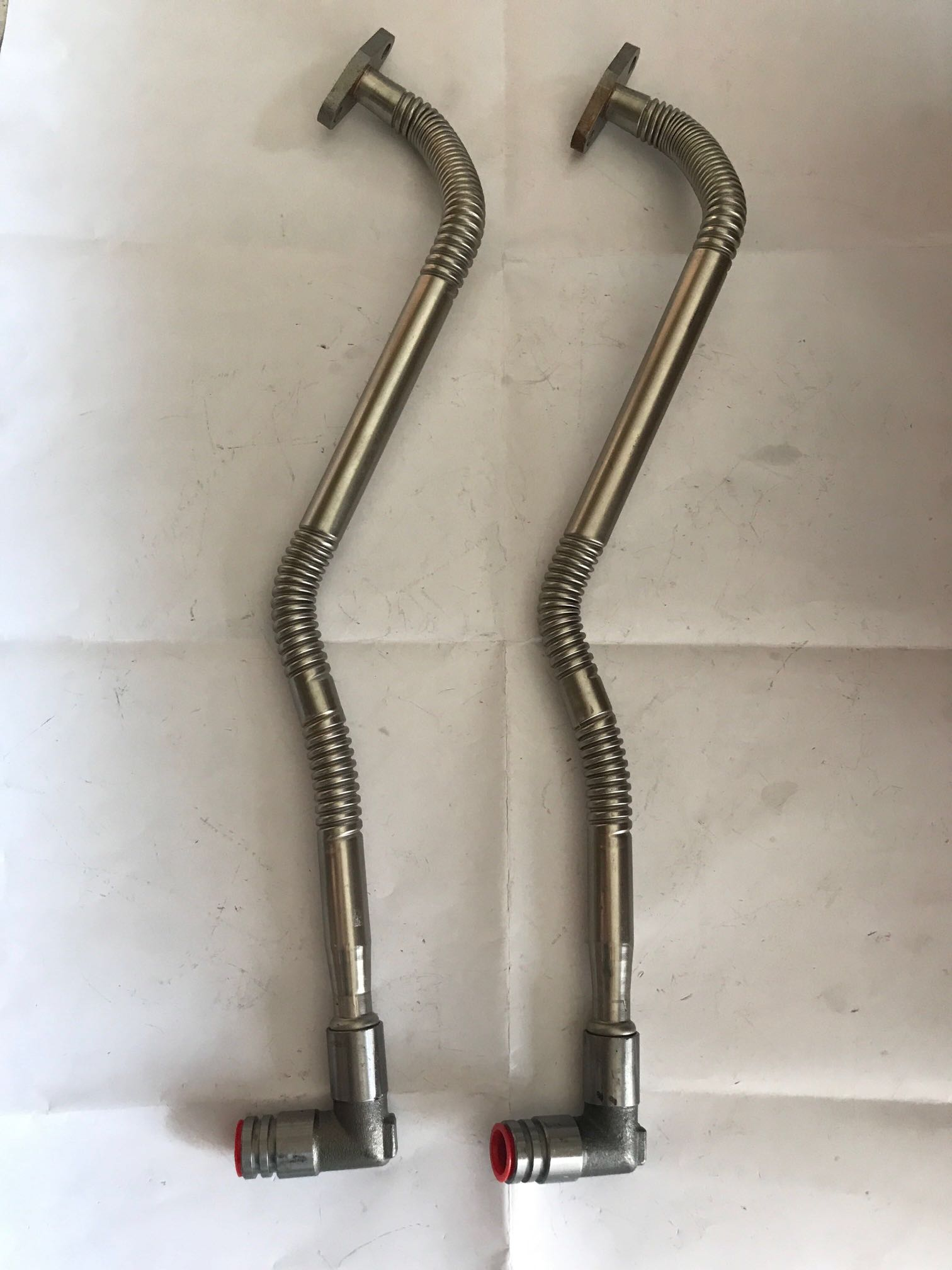 潍柴WP6发动机增压器回油管总成13055465