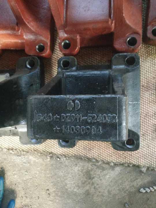特价德龙铸钢加重型高仿钢板座DZ911524038