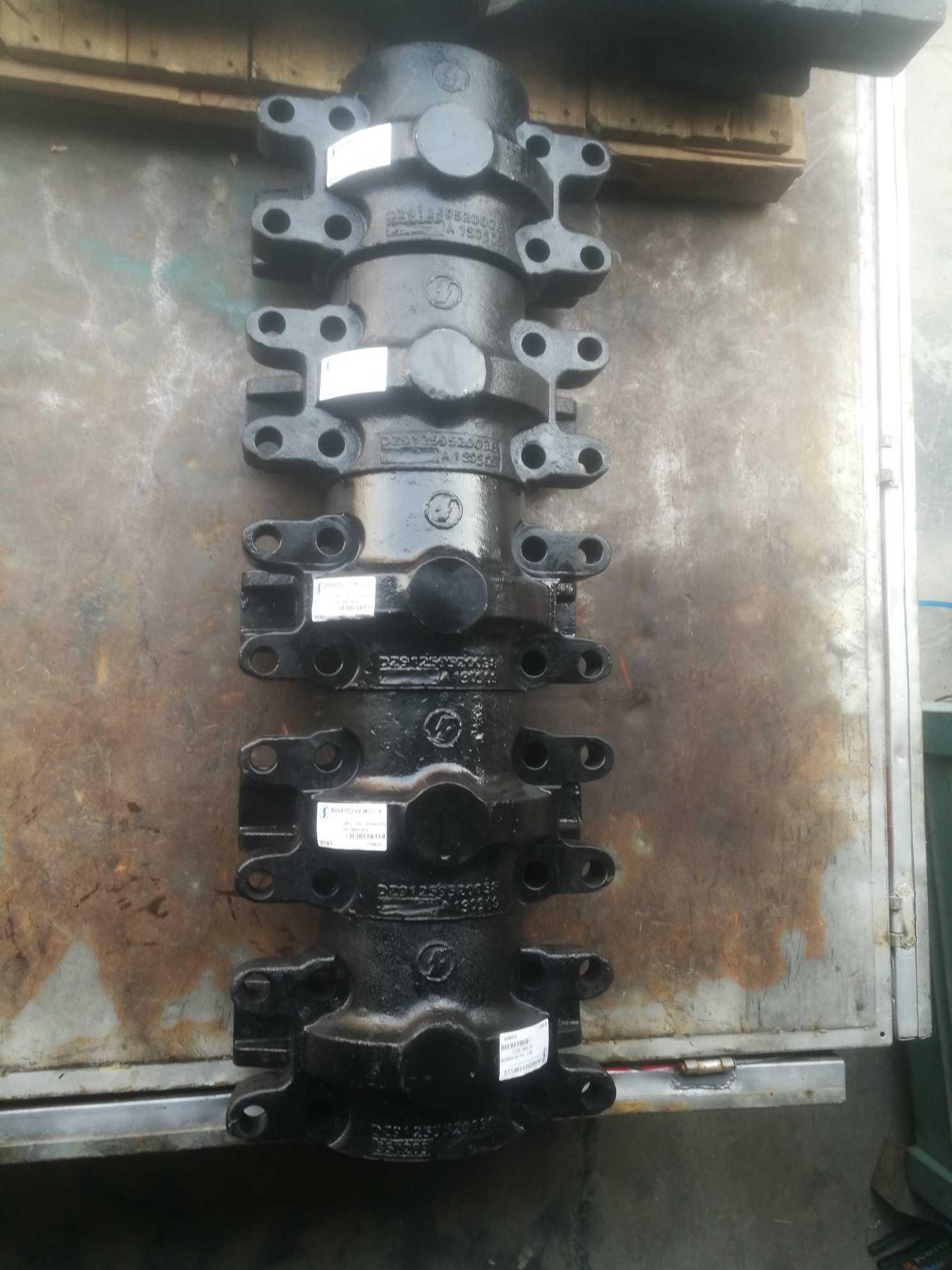 促销原厂德龙双卡平衡轴壳DZ91259520038