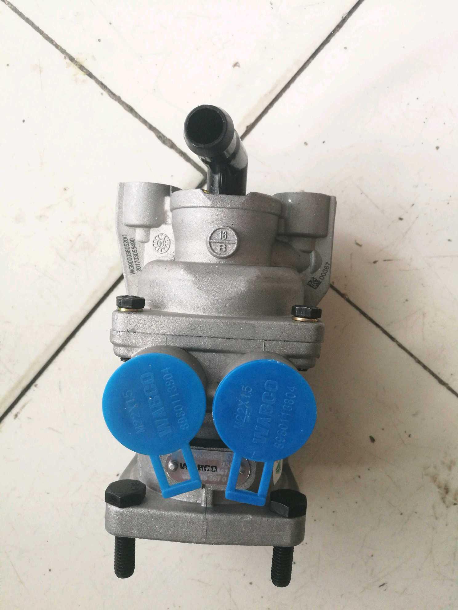 豪沃配件豪沃轻卡配件豪曼配件制动总阀刹车总泵WG9000360520
